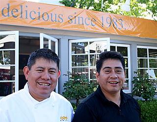 Mustards - Erasto & Pablo Jacinto