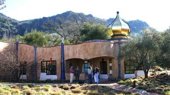 A-Quixote - Gold minaret