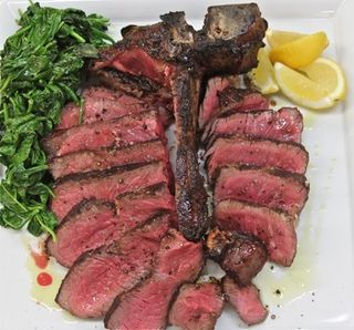 TV - CU Grilled, sliced steak