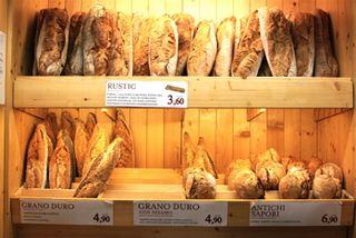 EAT - Rustic loaves