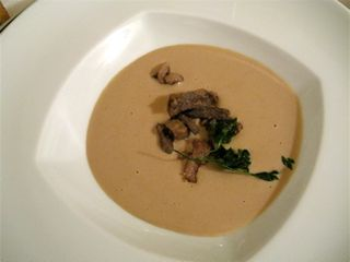 Centro - Porcini soup at 350 dpi