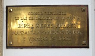 A – Jerez, Consejor Regulador plaque