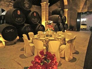 A - Jerez, Table setting in cellar, GB
