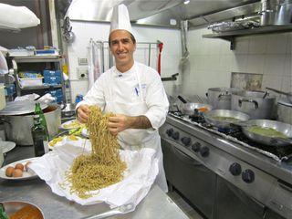 A – Rome – Chef with Tonnarelli 2