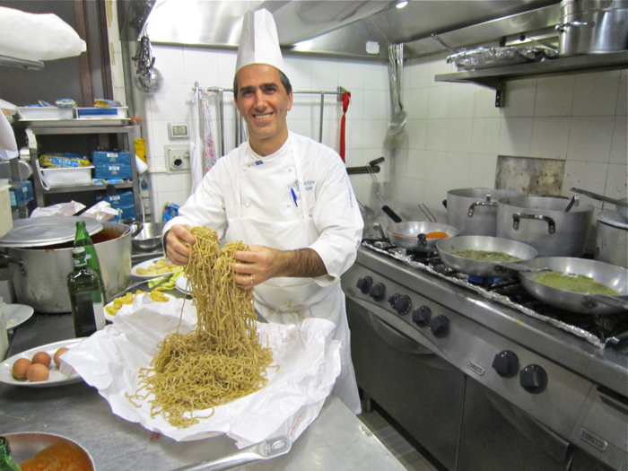 A – Rome – Chef with Tonnarelli 2