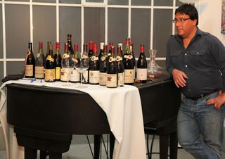 A - CDP - Stefan Blicker with wines