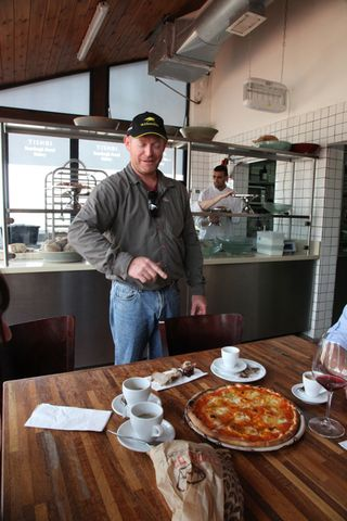 Israel – Golan Tishbi and pizza