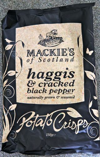 A - Scotland - Haggis potato chips