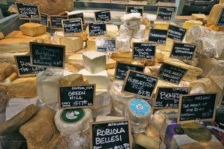 NY - Eataly cheeses