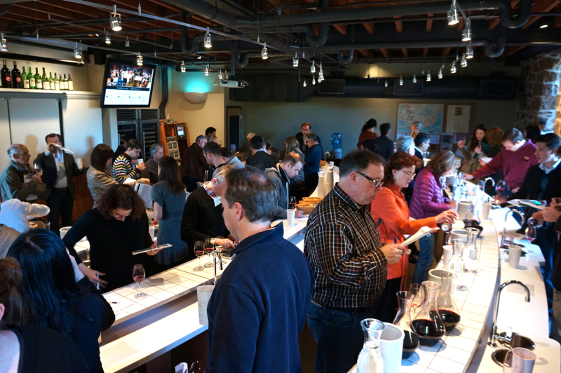 A - NVV - roomful of tasters
