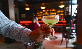 Cocktails Lede