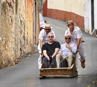 Toboggan-sleigh ride in Funchal