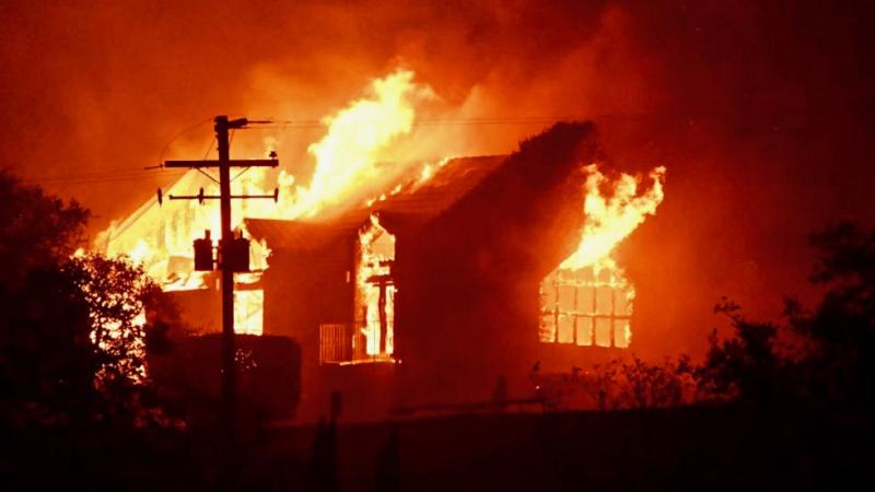 Photo of fire seen around the world