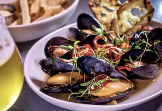 Mussels at Sessions