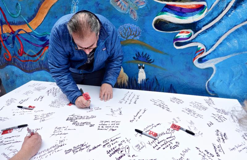 Celebrants sign large card for Ferlinghetti 2