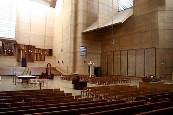 La_cathedral_2